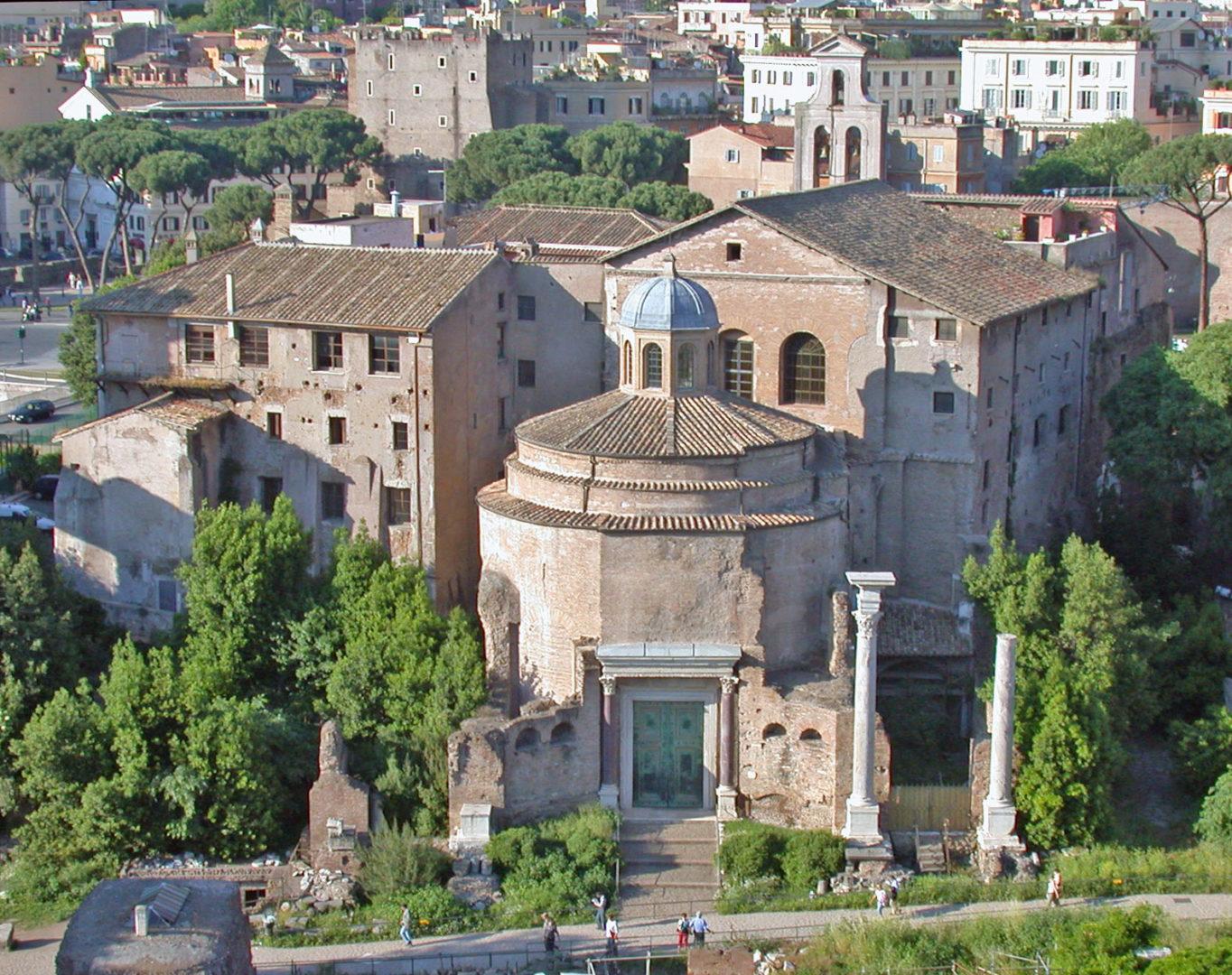Il Tempio di Giove Statore nel Foro Romano.